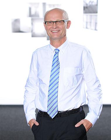Prof. Dr. Reinhard Buettner